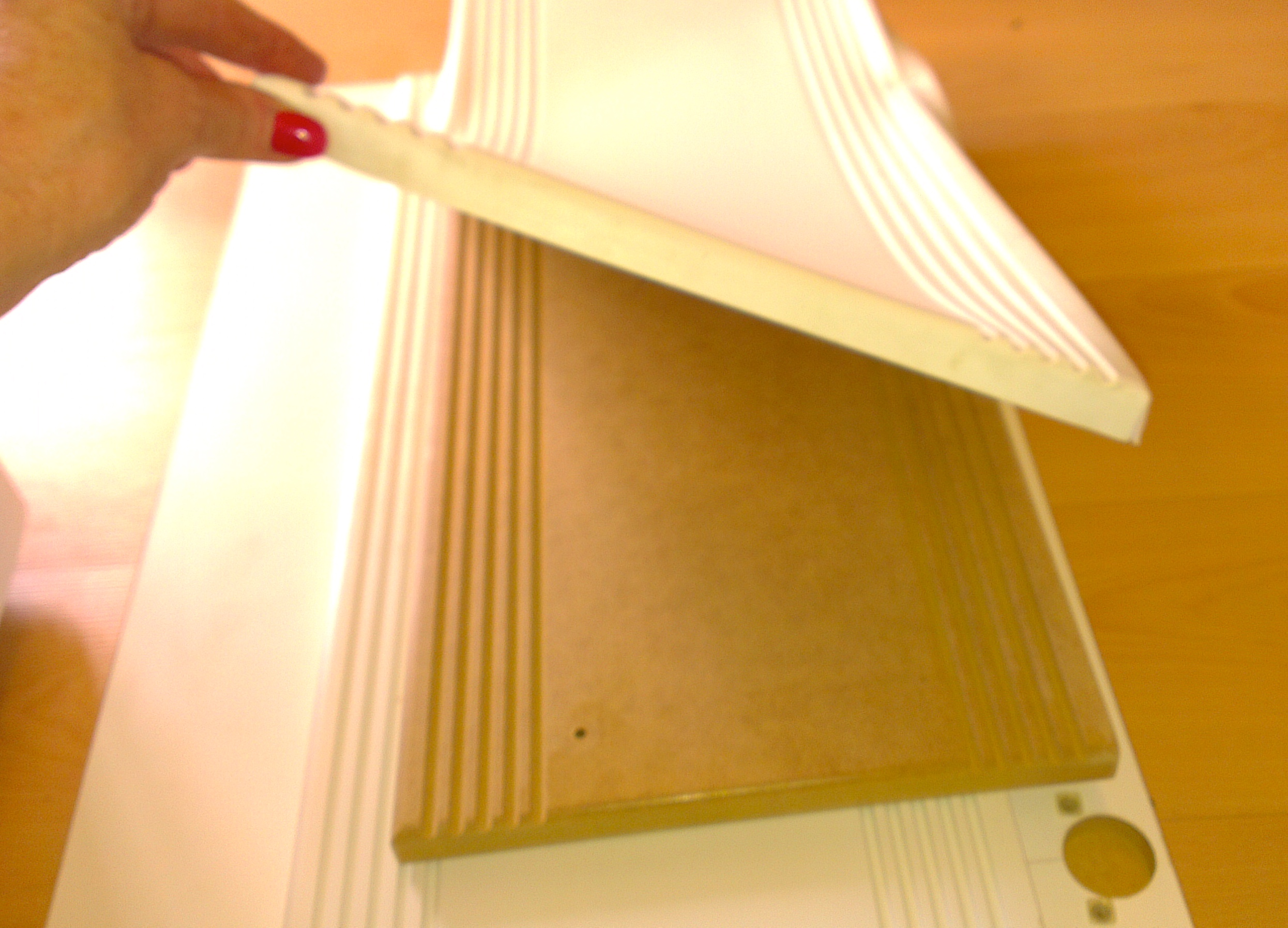 Dianella Polishing re-finishing your peeling vinyl doors with a modern paint that lasts.